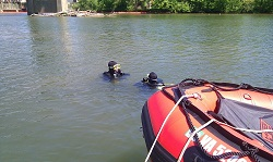 Dive Training resized.jpg